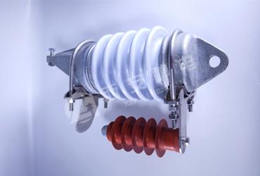 接触网用有串联间隙金属氧化物避雷器